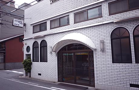 http://www.kyo1010.com/mtimg/hatsune-yu_thum.jpg